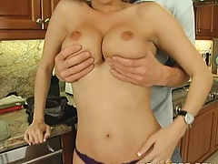 Busty milf gives a grocery boy one hell of a tip