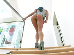 GIa Dimarco walking around showing pussy