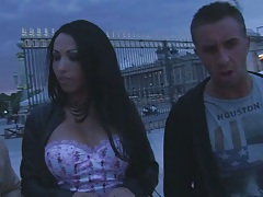 Nadia Montana in paris outdoors on the paris streets and then blowjob