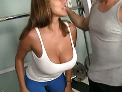 Big boobies milf asian Ava Devine at the gym