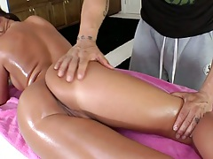 Nice round ass slut Angelica Heart getting a sexual oil massage