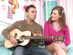 Pure 18 year old Ashlynn learning guitar