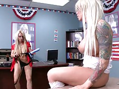 Holly puts on a strapon so Brooke can get fucked
