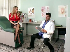 Doctor exam with Samantha Saint being a horny patient