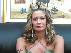 Blodne milf Jenna has and interview and pov sucking with eye contact