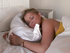 Sleeping beauty hotties with other sluts Kennedy Leigh and Jonni Hennessy
