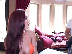 tThe one and only sexy Amy reid goes for massage
