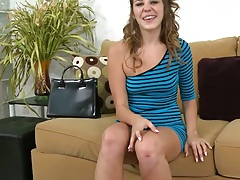 Posing brunette teen goes for blowjob