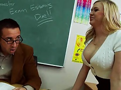 Big tits in schhool with a straight A big tits student