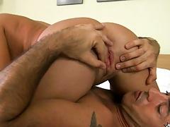 Hot babe 69 blow job tits tickling
