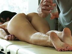 Oil massage with brunette Jayden Jaymes getting all wet